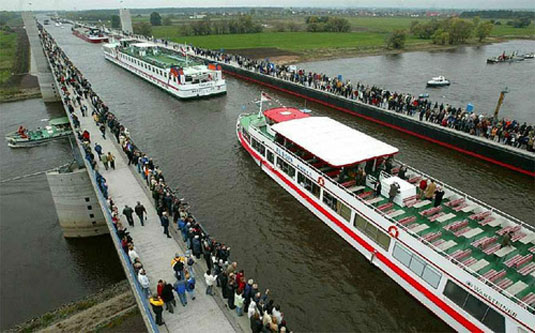 Водният мост Магдебург