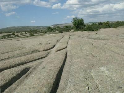праисторически автомобил
