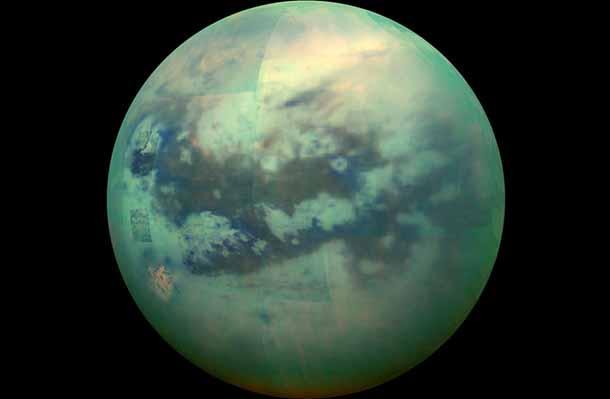 Титан – снимка в инфрачервения спектър