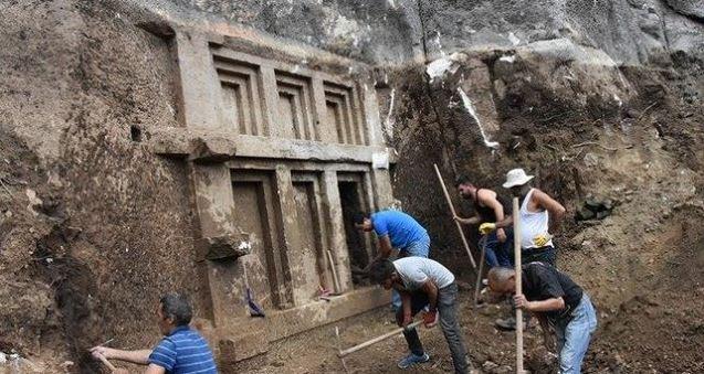 Гробницата на Нефертити открита в съседна Турция