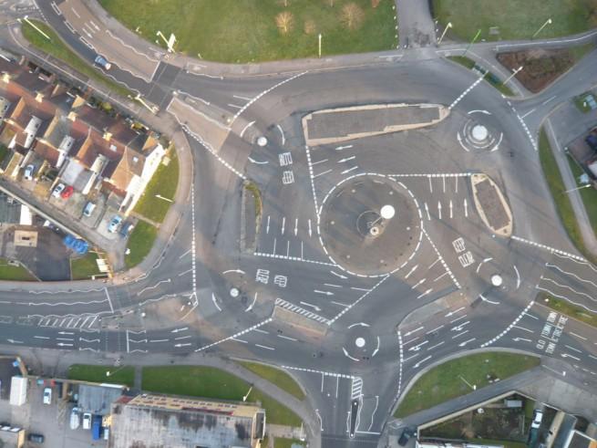 Най-объркващото кръгово кръстовище в света  Магическото кръстовище, Англия